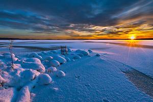 Skymning över sjön Runn. Vinnare i Siljanscupen, klassen projektionsbilder.  Foto : Lars-Erik Boberg