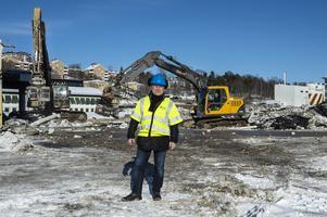 Rivningen av Beijers bygghandel är snart klar. I slutet av året påbörjas det stora bostadsbygget på marken.