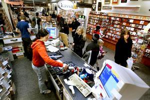 Anno 2004. Najz Prajz,skivbutiken lönehelg i mars.  Foto: Per Knutsson, NA