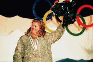 Pernilla Wiberg med sitt första OS-guldet.