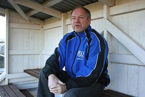 Mikael Berggren från Kramfors-Alliansens styrelse förklarar att jakten på ny huvudtränare är inne på sluttampen.