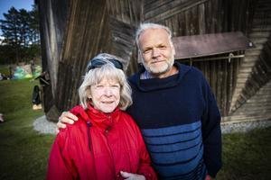 Kerstin Wolgers från Stockholm och Benton (tidigare Jens) Wolgers från Strängnäs, tillsammans med fler ur familjen Wolgers, var hedersgäster på nypremiären. De båda kände sig stolta att den nytryckta boken om Dunderklumpen säljer så bra och att publiken fortfarande verkar vilja se berättelsen om Dunderklumpen på scen.