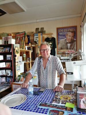 Ägaren av Jim Reeves museum, Björn Herlin.