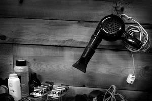 Hårblåsen är från 50-talet och är en del av inredningen.