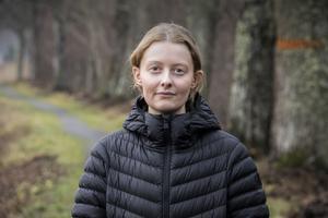 De senaste åren har inte varit lätta för Rebecca Ahlström, som kämpar med en ätstörning. Ändå skulle hon inte vilja ha de tuffa åren ogjorda: