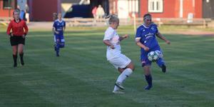 Tilde Gustafsson fick göra sin första match från start i division 1.