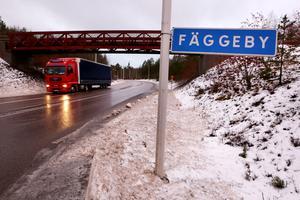 81 invånare bor i Fäggeby. De skulle i och för sig få plats men det är inte aktuellt i dagsläget med en flytt till Källviken.
