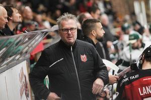 Nye coachen Per Ljusteräng kan vara tämligen nöjd med en seriestart där HHC tagit tre raka segrar.