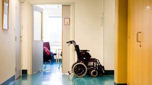 Pressen ökar på den redan hårt drabbade lungavdelningen vid Sundsvalls sjukhus när den siste specialistläkaren nu säger upp sig. Bild: Ludwig Arnlund
