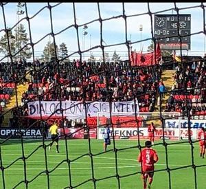 Under förra derby rullade Falkarna upp en banderoll med budskapet