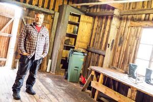 Inte ens en tumstock fanns kvar av verktygen och maskinerna som Jonas Danielsson körde upp till Östansjö för några veckor sedan, för att renovera huset och röja i skogen.