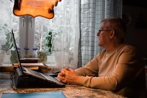 Kurt Östlund samlade in en lista med 100 personer som skrev under att samtliga vill ha åtgärder gjorda. Det gav han till kommunen och polisen, men när tidningen kontaktar kommunen går den inte att hitta.