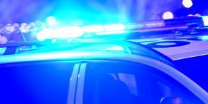 Natten mellan onsdag och torsdag kallades polisen till Ösmo med anledning av ett bråk mellan åtta ungdomar. Foto: Fredrik Sandberg/TT