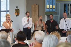Kvällens solister framförde låtar av Lill-Babs, bröderna Gärdestad och Jerry Williams.