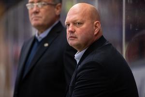 Ulf Hedberg hoppas få klart med ett nyförvärv till den första slutspelsmatchen mot HV 71. Foto: Daniel Eriksson/Bildbyrån