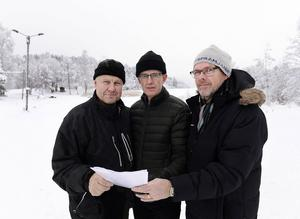 Tommy Karlsson, Matfors skola, Åke Åslin, skogsröjare, och Johnny Berggren, Friluftsfrämjandet är några av de engagerade Matforsbor som drömmer om ett Sidsjön vid Rännösjön.