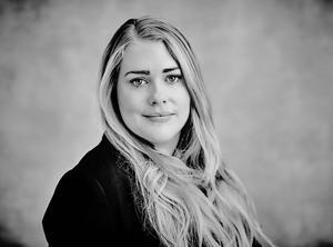 Lisa Engström: Senior Associate revisor på PwC.