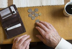 En kvarts miljon människor har lägre pension än 12 200 kronor i månader. /FOTO: FREDRIK SANDBERG / TT