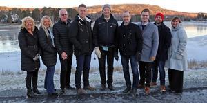 Nya toppnamnen som föreslås av nya majoriteten i Sollefteå. Fr v Birgitta Häggqvist, Ulrika Bergman, Kjell-Åke Sjöström, Anders Bergman, Ulf Breitholtz, Roger Johansson, Johan Andersson, Sebastian Nygren och Maria Wennberg.
