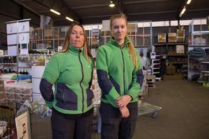 Enligt  Renathe Wallén och Emma Jonsson är arbetslaget på Granngården en sammansvetsad grupp. Emma Jonsson berättar att de alltid har kul på jobbet och känner igen de flesta kunderna som kommer in. Därför är det extra jobbigt att butiken nu stänger, menar hon..