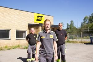 Hanna Lindberg och hennes kamrater Roger Stråhle och Magnus Karlsson Mård är besvikna. De hade trott att Esab skulle satsa i Sandviken.