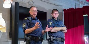 """""""Känn er grundtrygga, lägg er energi på det"""" sa Henrik Billstam när han och kollegan P-O Forsell pratade inför ett fullsatt kafé Nova."""