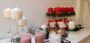 Det som blir över från julmarknaden kommer att säljas vid entrén till kyrkan under andra dagar fram till jul.
