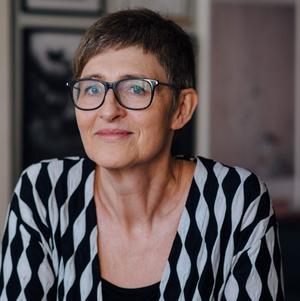Marie Holmqvist lämnar tjänsten som kulturchef i Håbo kommun för att bli Västerås nya stadsbibliotekarie. Hon funderar dessutom på att flytta från Stockholm till Västerås. Foto: Elias Berglund