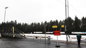 Här, på Åby konstisbana, kommer det spelas elitseriebandy nästa säsong. Det stod klart redan före Åby/Tjuredas match på lördagen, efter att AIK förlorat sin match som började tre timmar tidigare.