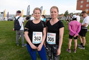 Systrarna Linda Ahlstedt och Sarah Gripevall.
