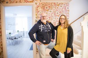 Yngve och Carin Gustafsson har renoverat det gamla äldreboendet i Hofors.