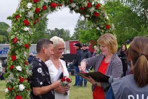 96 000 personer gifte sig i Sverige i fjol.