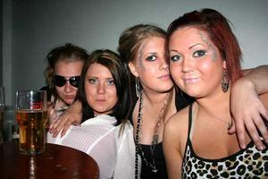Konrad. Nadia, Jenny, Sabina och Joanna