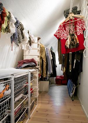 Inredning. Rensa ofta i garderoben och häng undan kläder säsongsvis.Foto: Ola Torkelsson/TT