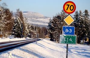 En gång- och cykelväg längs riksväg 83 öster om Ånge är föga trolig, menar Ånge kommuns tekniska förvaltning.