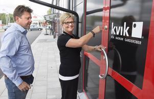 Daniel och Marie Forsberg har startat sitt företag MD Kök & Bad för att driva en Kvik butik via franchising  på Erikslund.
