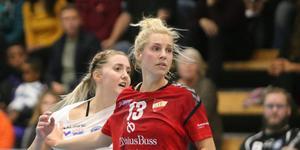 I damallsvenskan får Louise Eriksson möta starka spelare – inte minst i Skånelas Veronica Wislander, dotter till Magnus Wislander.