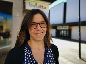 Beslutet att lägga ner butiken är inte ekonomiskt vill Charlotta Lidberg poängtera. Hon är sugen på nya äventyr  som väntar efter att utförsäljningen är över.  Foto: Arkiv