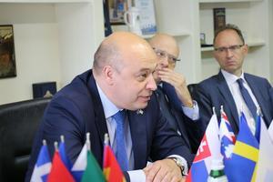 Kestutis Lancinskas träffar europeisk press under sin sista vecka som chef för EUAM. Foto: Ferdinand Koenig / EUAM