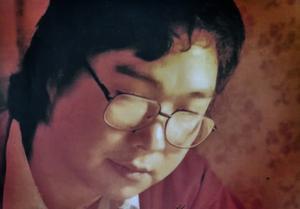 Den svenske förläggaren Gui Minhai sitter fängslad i Kina i snart fyra år. Han befann sig i Sverige när massakern skedde på Himmelska Fridens torg skedde. Gui Minhai svensk medborgare 1992.