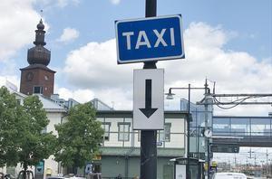 Fem taxiförare nobbade skribenten vid Västerås C.