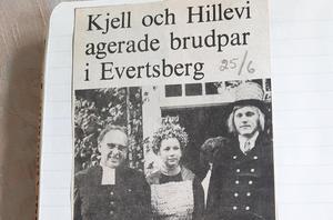 Midsommar 1975 agerade Älvdalens nuvarande kommunalråd, Kjell Tenn brudgum och Hillevi Ädling brud. Prästen var