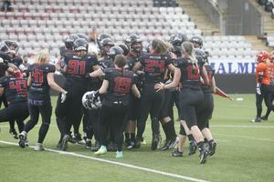 Örebro ställs nu mot Carlstad i finalen. Laget som snuvade Örebro på guldet förra året.