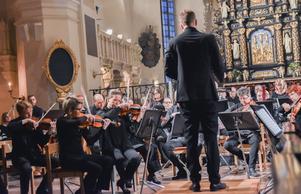 Delar av Gävle Symfoniorkester framförde musik av Arvo Pärt. Bild Camilla Dal