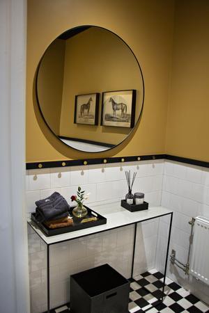 Till och med toaletterna är som små juveler.
