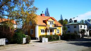 Stallhagsgatan 10 såldes för 8995000 kronor.