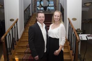 Martin Eriksson från Eitab, tillsammans med Jenny Koivisto.