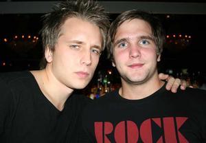 Blue Moon Bar. Max och Sammi