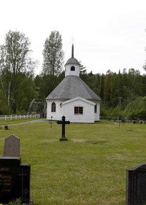 Lögdö kapell restes redan i början på 1700-talet och under årens lopp har det blivit många restaureringar. Nu är det dags för ytterligare en.