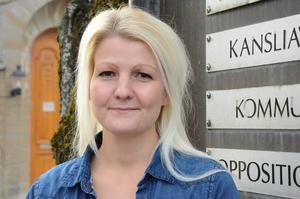Camilla Andersson Larsson (V).